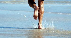 Running-on-beach-by-sundero-2